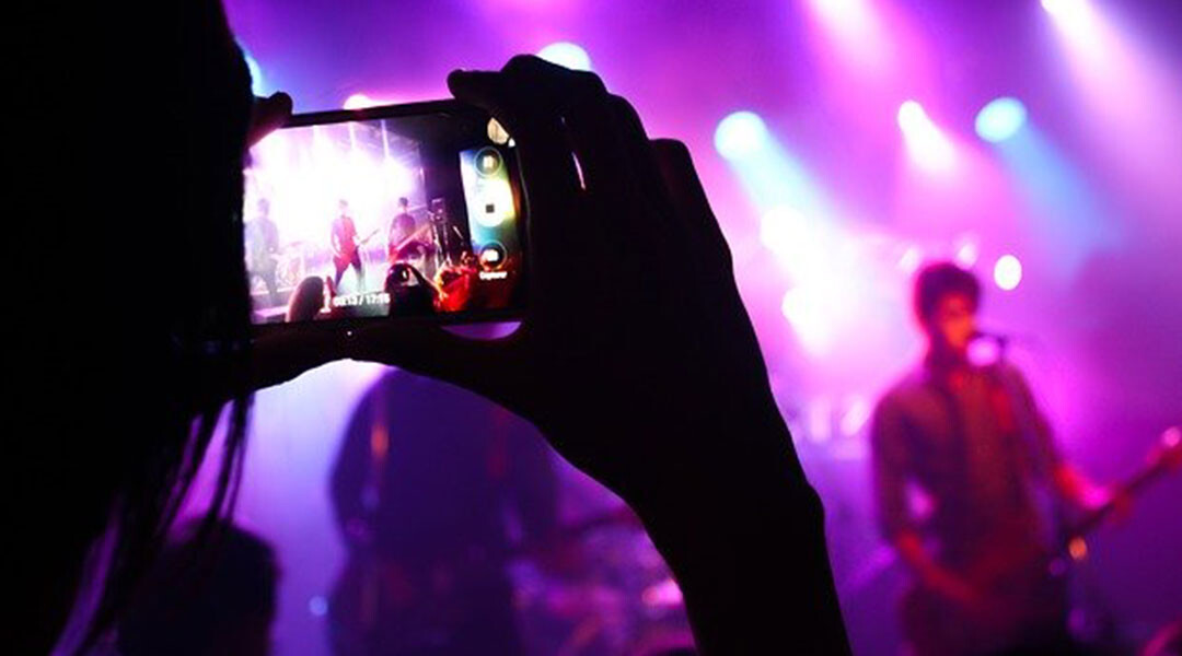 How-Social-Media-and-Streaming-Technology-Can-Help-Distribute-Content-Seamlessly